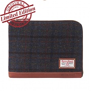 [디얼스]THE EARTH - HARRIS TWEED SLEEVE BAG-MAHOGANY 클러치 슬리브 가방