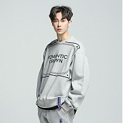 로맨틱크라운 Big logo crew neck_Gray