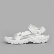 [TEVA] 테바 W HURRICANE XLT X BEAUTY & YOUTH 1010928-WHT