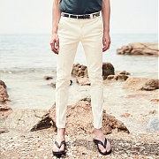 얀13 STANDARD FIT COTTON SLACKS_IVORY